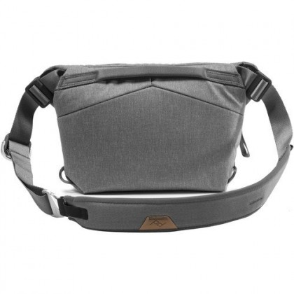 Peak Design Everyday Sling 3L v2
